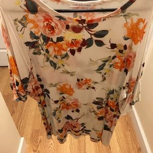Floral comfy shirt with ruffly sleeves